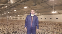 Working in poultry practice throughout Europe and the Middle East