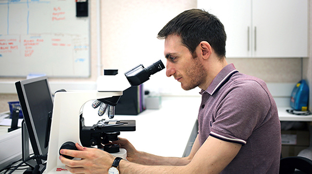 Q&A: Francesco Cian on specialising in clinical pathology